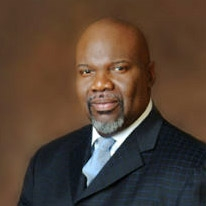 Bishop T.D. Jakes Starts New Campaign For Discounted Prescription Drugs