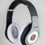 Image Staple-x-Beats-by-Dr-Dre-Studio-Headphones-2.jpg