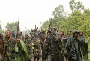 US citizens and UN workers have been warned to leave Central African Republic in fear of African rebel fighters harming them.