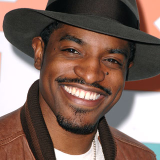 The 43-year old son of father Lawrence Walker and mother Sharon Benjamin Hodo, 178 cm tall André 3000 in 2018 photo
